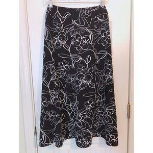 ❗️SALE❗️Norton McNaughton Black/White Floral Skirt